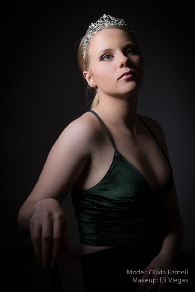 MODEL: OLIVIA FARNELL - MAKEUP ELI VIEGAS